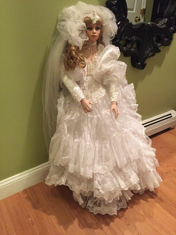 Tara Victoriano novia por Rusti monumental alto 42  solo 1000