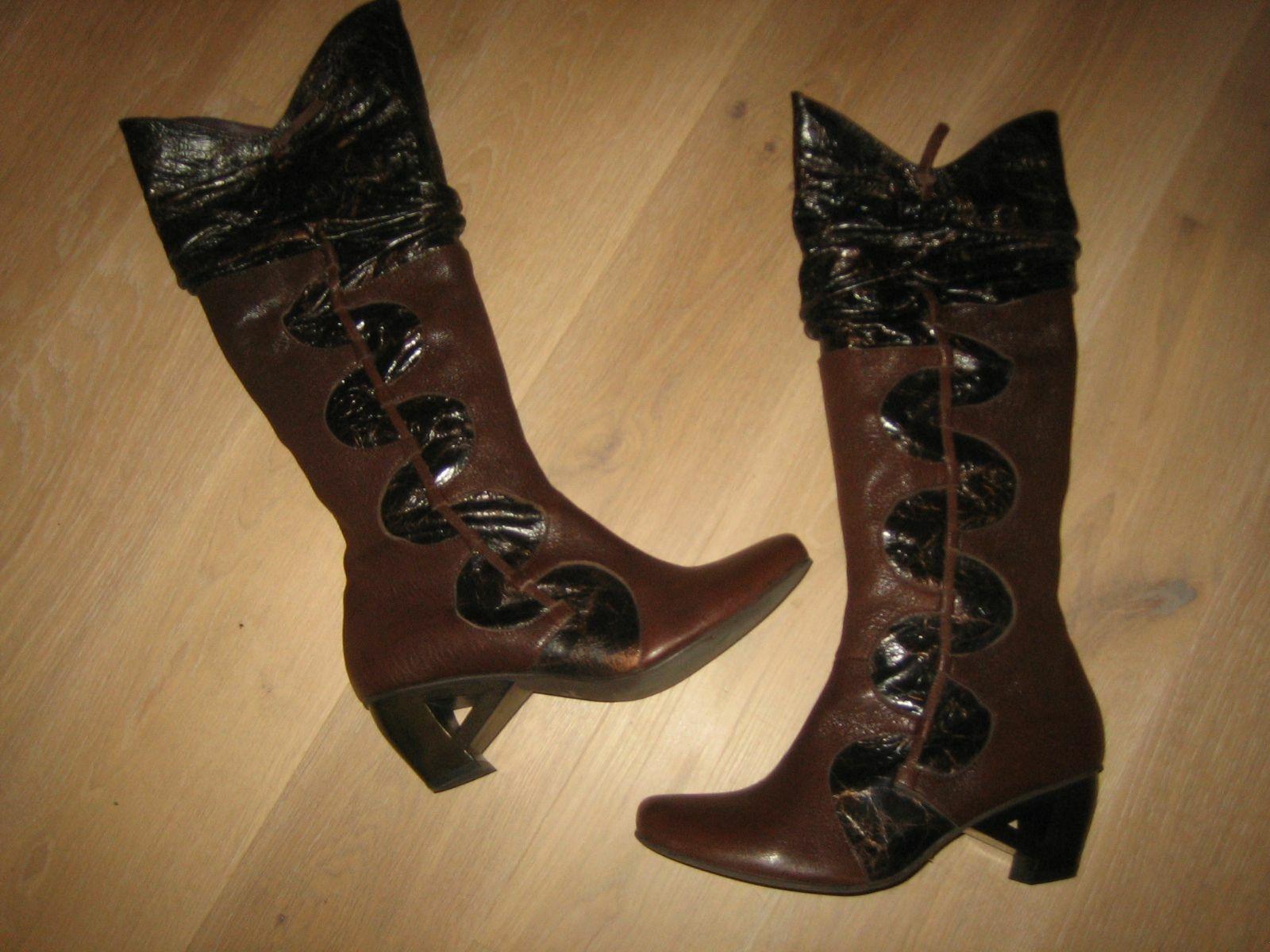 Lisa Tucci Stiefel,Leder,innen+außen,Details in Lackleder,Raffiniert,3x getragen