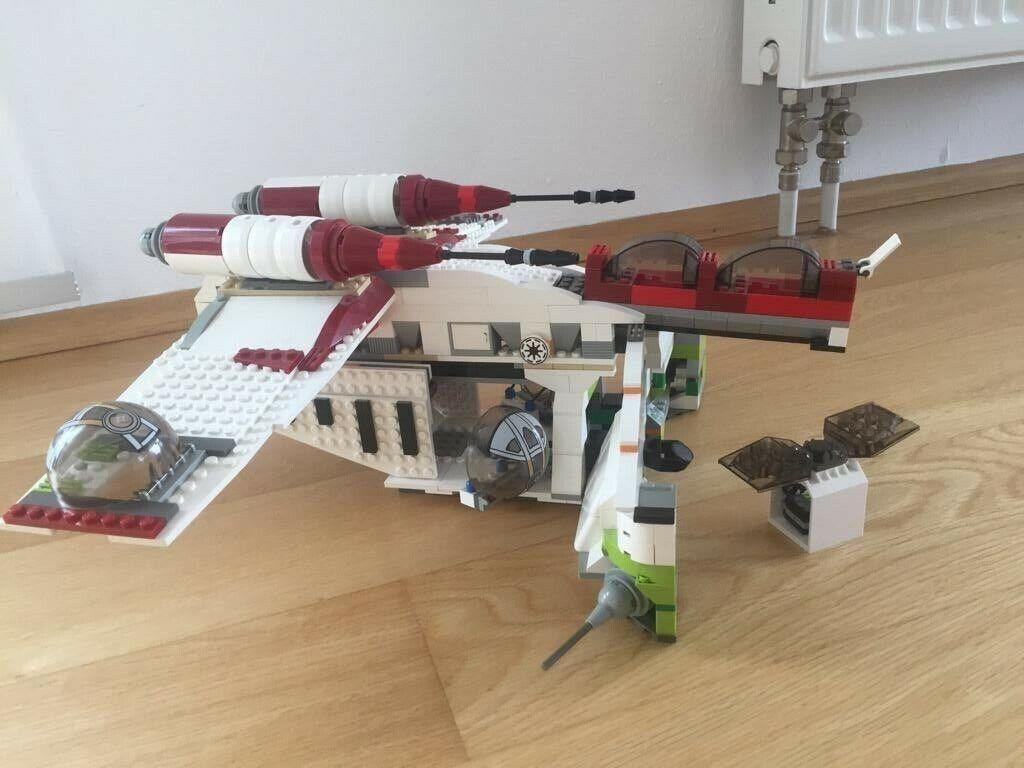 Lego Star Wars Republic Gunship 7163