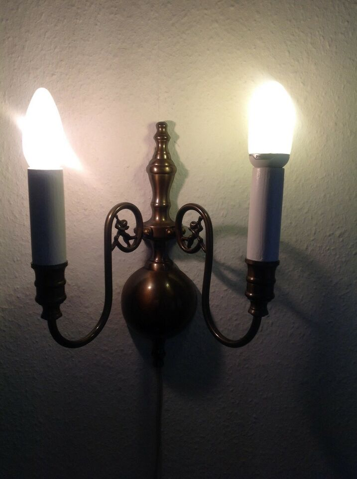 Væglampe, Bruneret Messing
