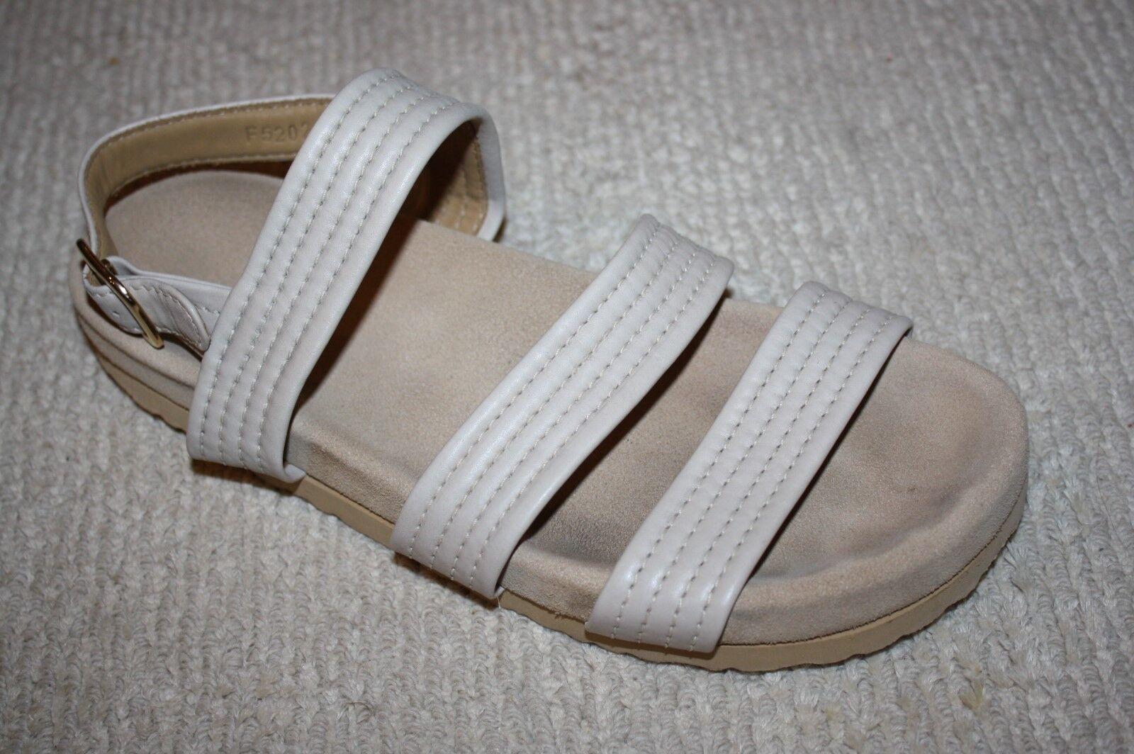 A.P.C. Women's Holly Flat Buckle Sandals, Ecru,41 11
