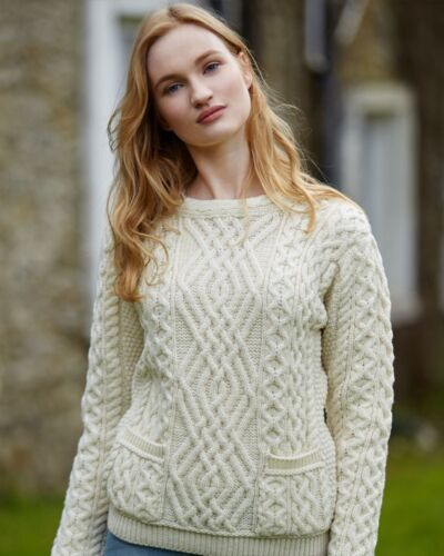 C4443 Made in Ireland Aran Natural Cable Crew Neck Sweater With Pockets