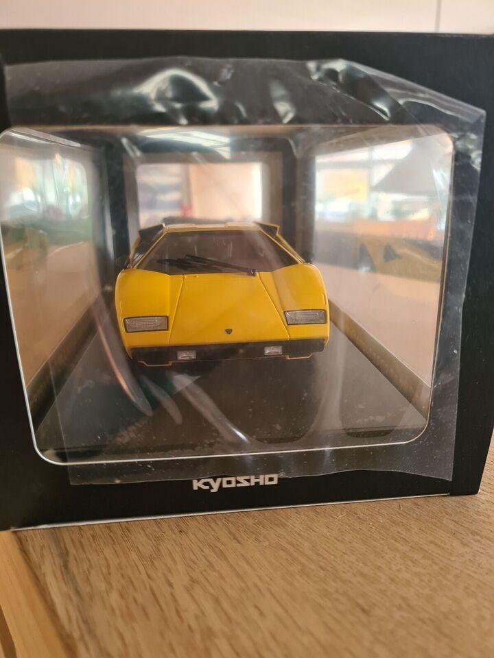Modelbil, Kyosho, skala 1 : 18