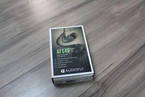 Audiofly-AF140-Hybrid-Triple-Driver-In-Ear-Monitors-Fader-Grey