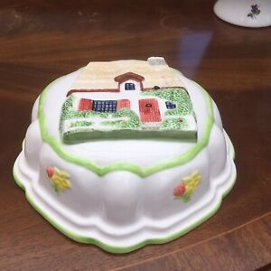 Vintage-Ceramic-Jelly-Mould-Cottage-Design-Wall-Mountable-8-Inch