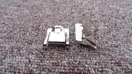 Ford Moteur Passage De Roue /& Bas Splash Cover Sheild Attache Pinces métalliques