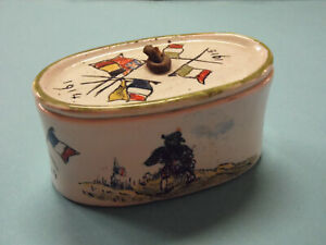 BELLE-TABATIERE-ANCIENNE-GUERRE-14-18-en-faience-decoree