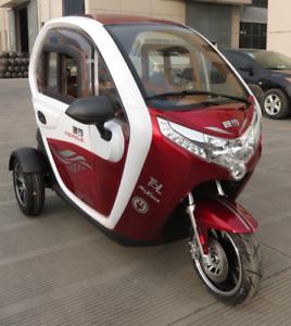 trixi elektroauto mopedauto kabinenroller 25 oder 45 km h. Black Bedroom Furniture Sets. Home Design Ideas