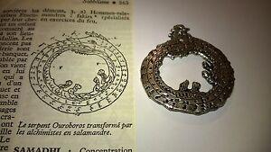 Le-serpent-Ouroboros-transforme-par-les-alchimistes-en-salamandre-034-Occultisme-034