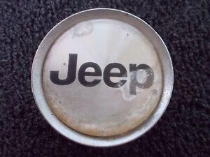 01-02-03-04-Jeep-Grand-Cherokee-alloy-wheel-center-cap