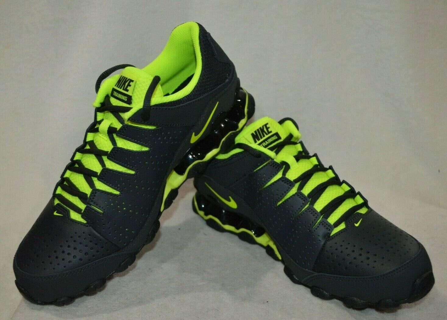 Nike Reax 8 TR Anthracite Noir Volt Hommes formation chaussures-ASST Taille NWB 616272-036