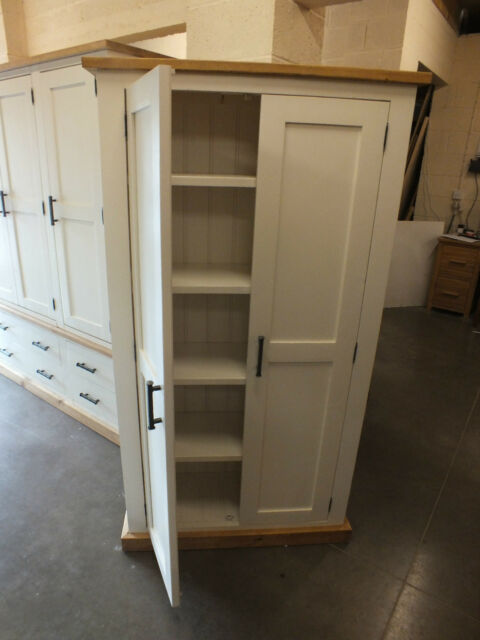 SHABBY CHIC RUSTIC DESIGN LINEN CUPBOARD/ RECLAIMED SAWN TIMBER/ BESPOKE
