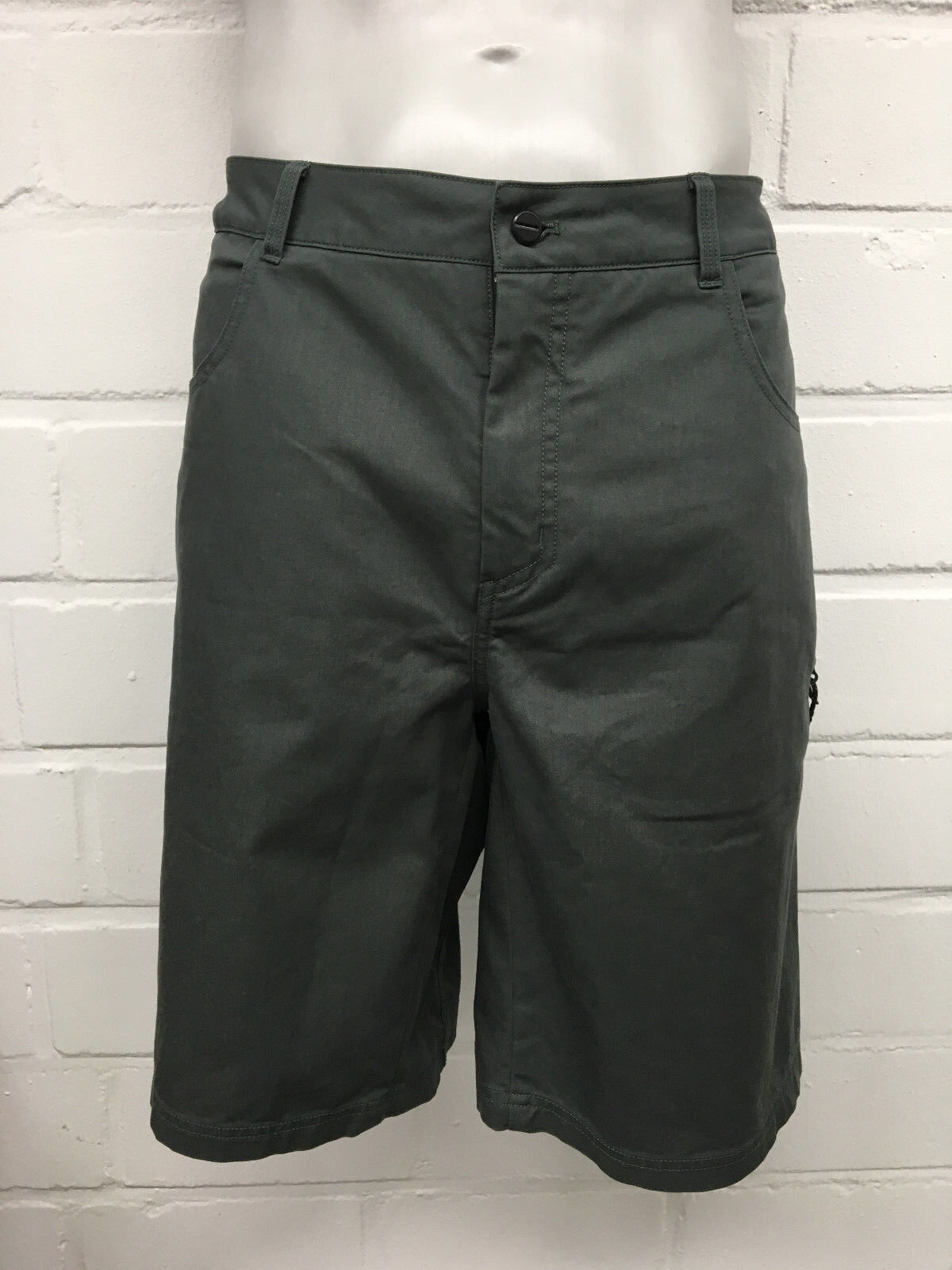 Adidas  Terrex señores peñazco Short (az2191) en gris verde, tamaño 54+56 nuevo     ventas en linea