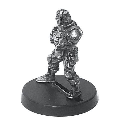 Bareheaded 28mm Unpainted Metal Wargames Trooper MAR At High Porte