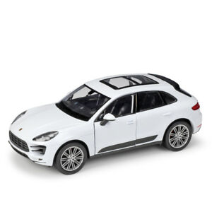 Welly-1-24-Porsche-Macan-Diecast-Model-Sports-Racing-Car-Toy-NEW-IN-BOX-White