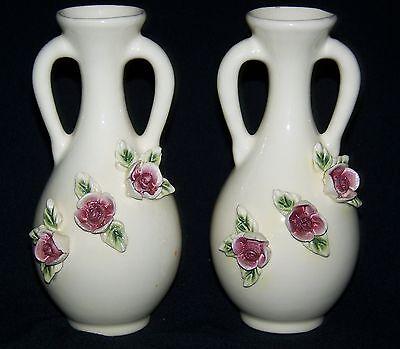 """Vtg 8.5/"""" plain solid white pottery ceramic flower bud vase"""