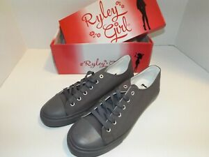 Shoes Grey Canvas Lace Up Sneaker, Size