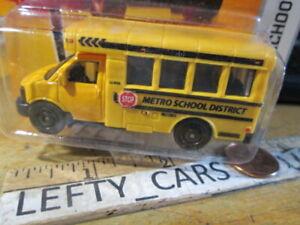 MATCHBOX-YELLOW-GMC-METRO-SCHOOL-BUS-DISTRICT-CITY-ACTION-42-SCALE-1-64-NEW