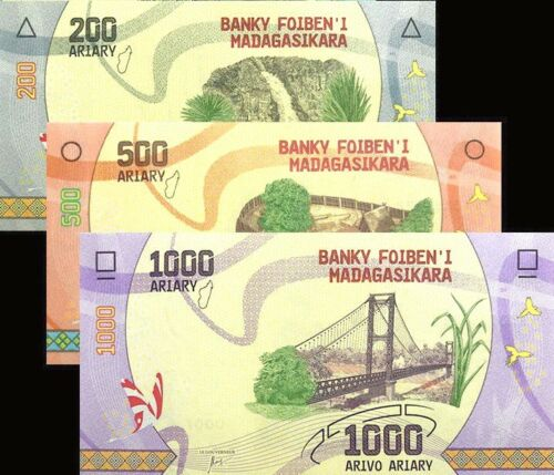 Banknote set of 3 UNC 200//500//1000 Ariary Madagascar 2017