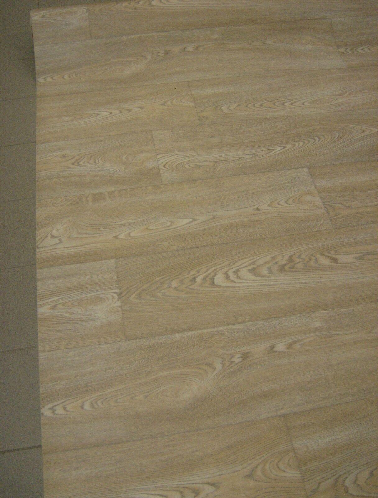 PVC Bodenbelag Rest 125x400 Eiche Hell mit schöner Holzmaserung, mehr im Shop