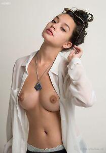 Naked girl self shot nude