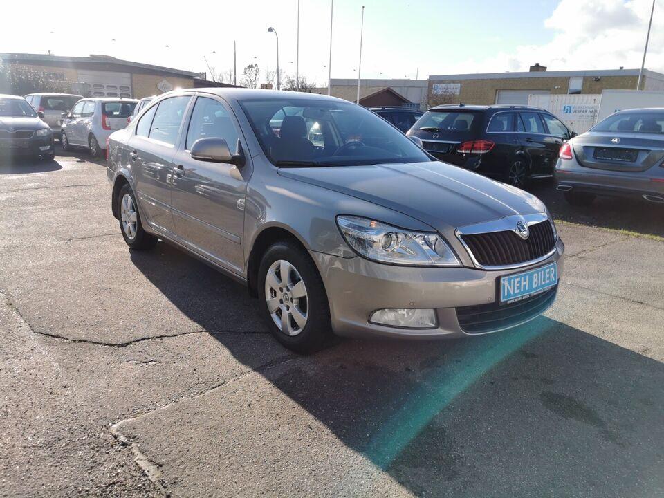 Skoda Octavia 1,4 TSi 122 Elegance Benzin modelår 2010 km