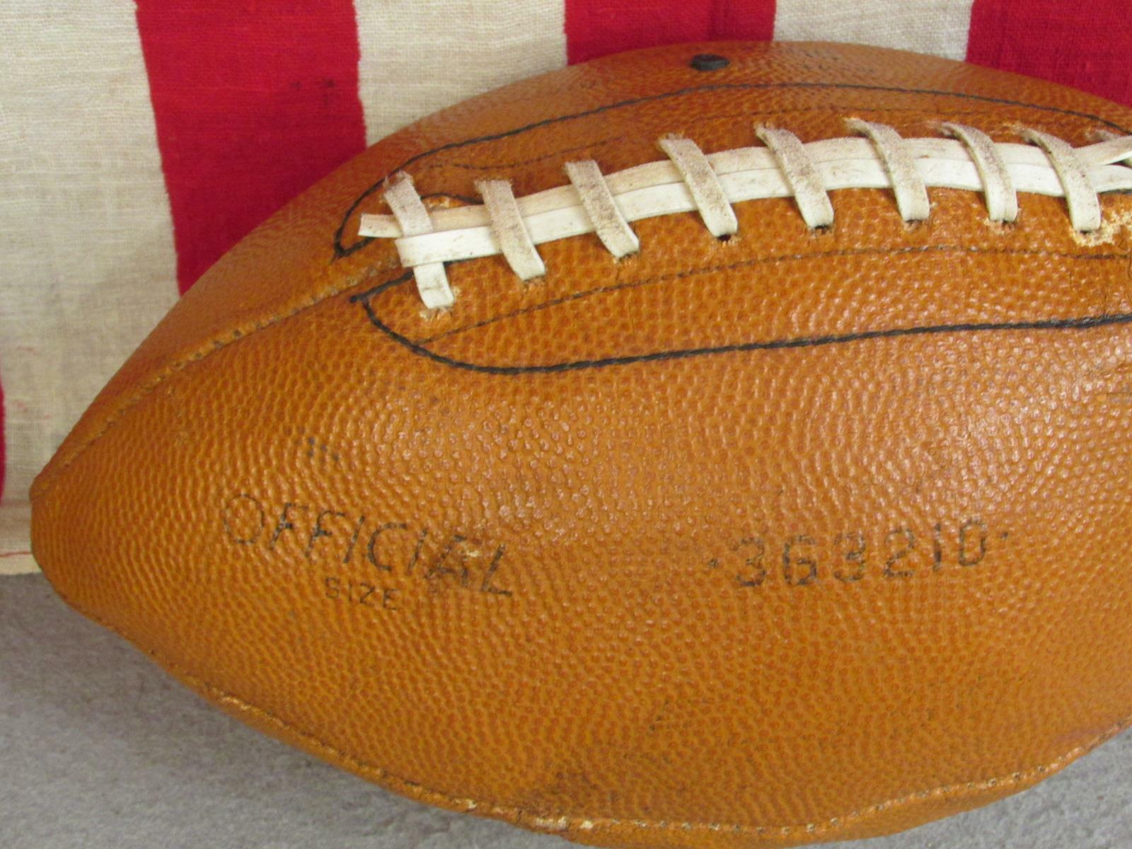 Vintage Scholastic Pelle Official Football w/ Laces Ball Model 363210 Display Ball Laces 36217b