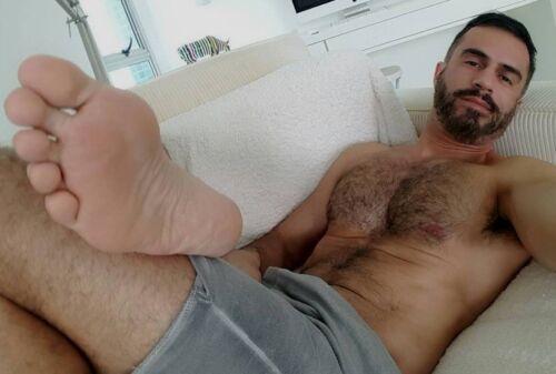 Shirtless Bare Foot Male Muscular Hunk Beefcake Hairy Chest Beard PHOTO 4X6 F662