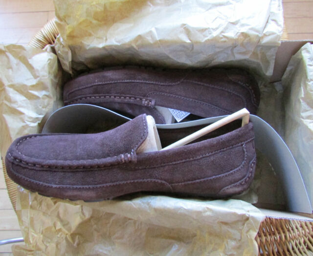 71f1854b0dd UGG Australia M Alder Mens MOC Suede SLIPPER Shoes 9