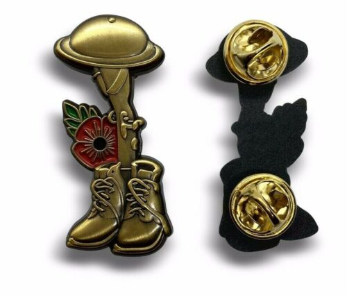All Gave Some Poppy Soldier Commemorative Lapel Pin Badge Great New