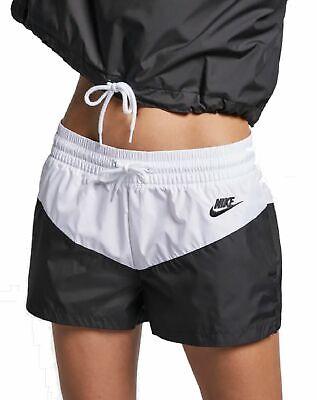 0db4e0c32ea460 Nike Damen Fitness-Trainings-Freizeit-Short NIKE W NSW HRTG SHORT weiss  schwarz | eBay