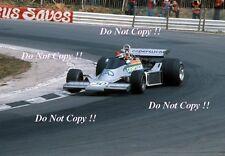 EMERSON FITTIPALDI COPERSUCAR FD04 British Grand Prix 1976 fotografia 2
