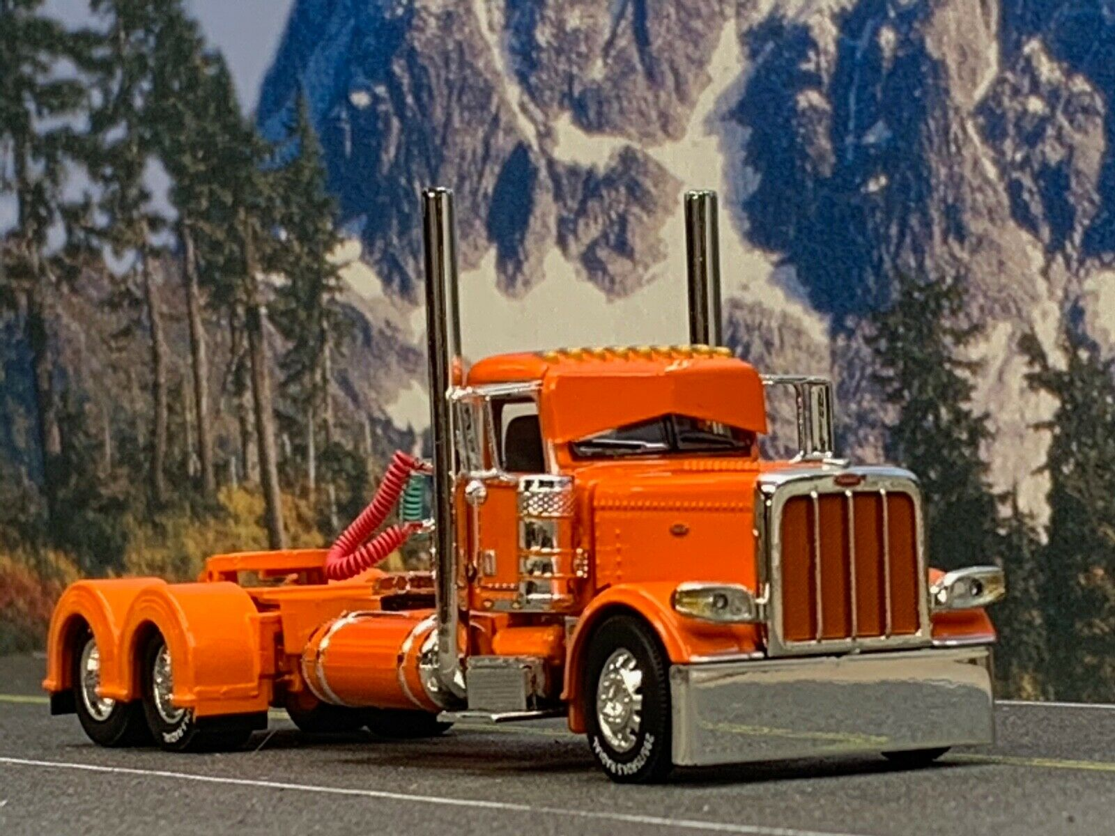 1 64 DCP Orange PETERBILT 389 DAY CAB