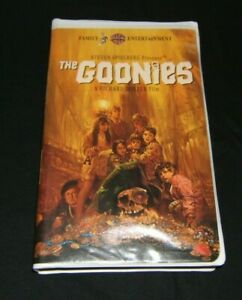 The Goonies Vhs Tape With Clam Shell Classic Case Ebay