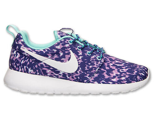 WMNS NIKE ROSHERUN PRINT LIGHT MAGENTA / COURT PURPLE WOMEN'S SELECT YOUR SIZE