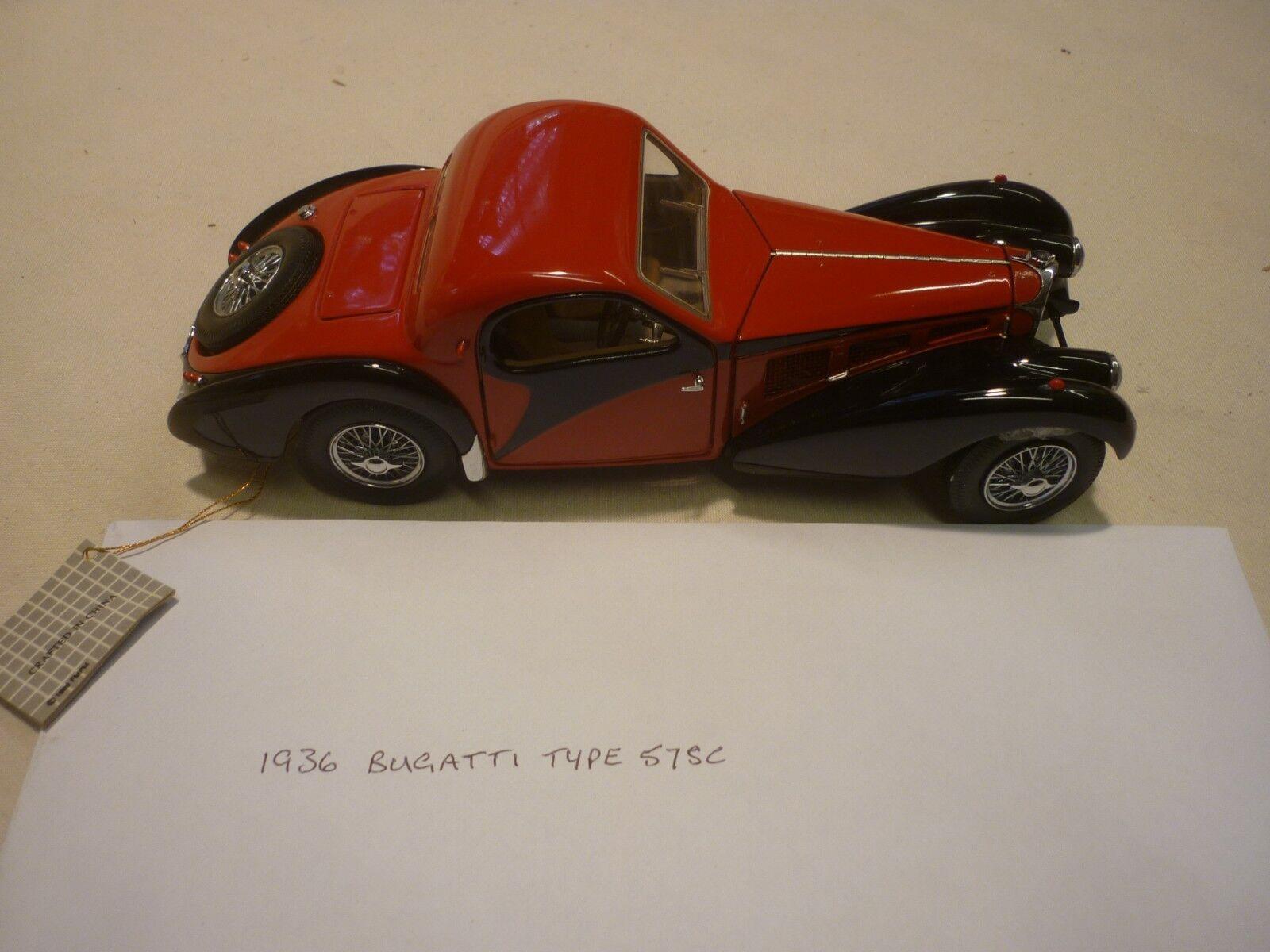 Un Franklin Comme neuf scale model of a 1936 Bugatti Type 57SC. Boxed, papiers