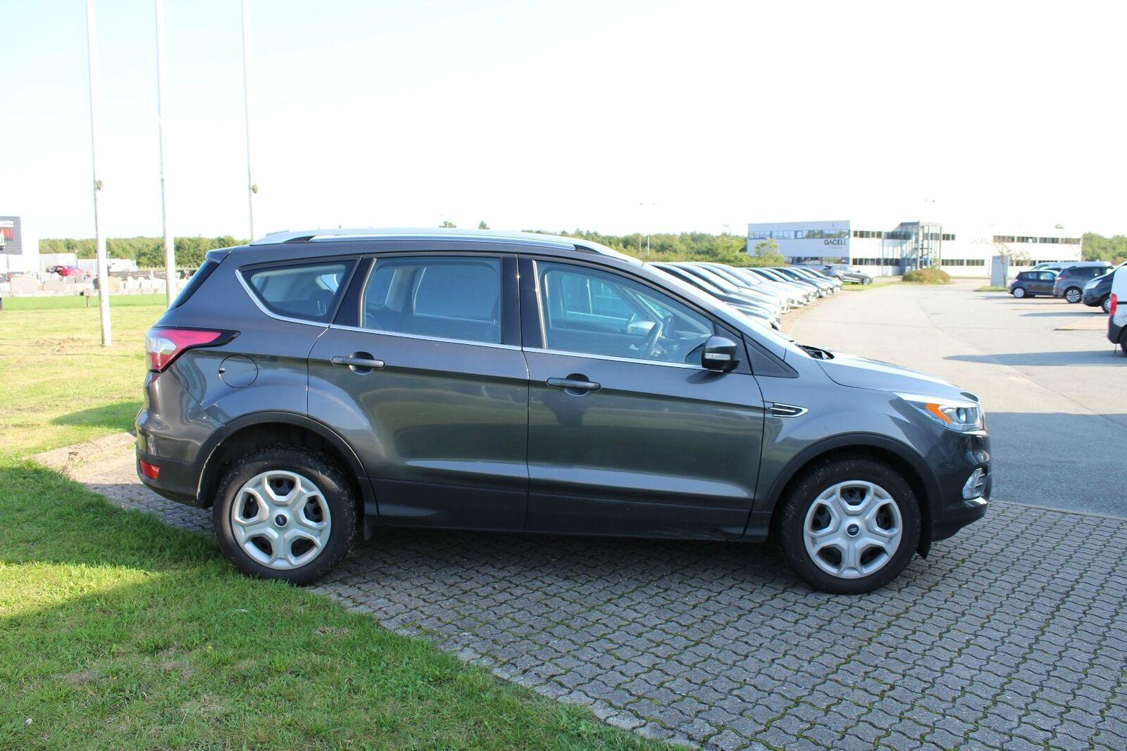 Ford Kuga 1,5 TDCi 120 Trend+ aut. - billede 2