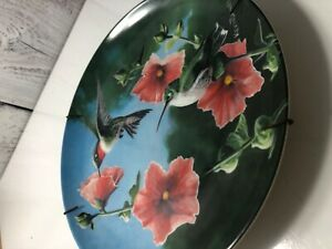 Vintage-Edwin-M-Knowles-034-The-Hummingbird-034-by-Kevin-Daniel-Fine-China-Plate