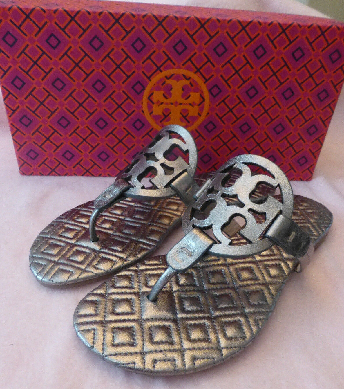 ca3bd0df4db9 Tory Burch Quilted Quilted Quilted Marion Metallic Miller Leather Sandal  Gunmetal Taille 5 New f2e68a