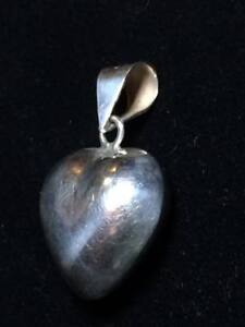 Vintage-Taxco-Sterling-Silver-heart-pendant