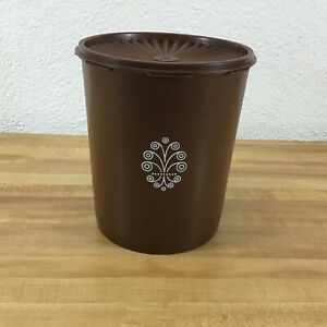TUPPERWARE-Brown-Servalier-Canister-805-5-With-Brown-Lid-806-2-Vintage