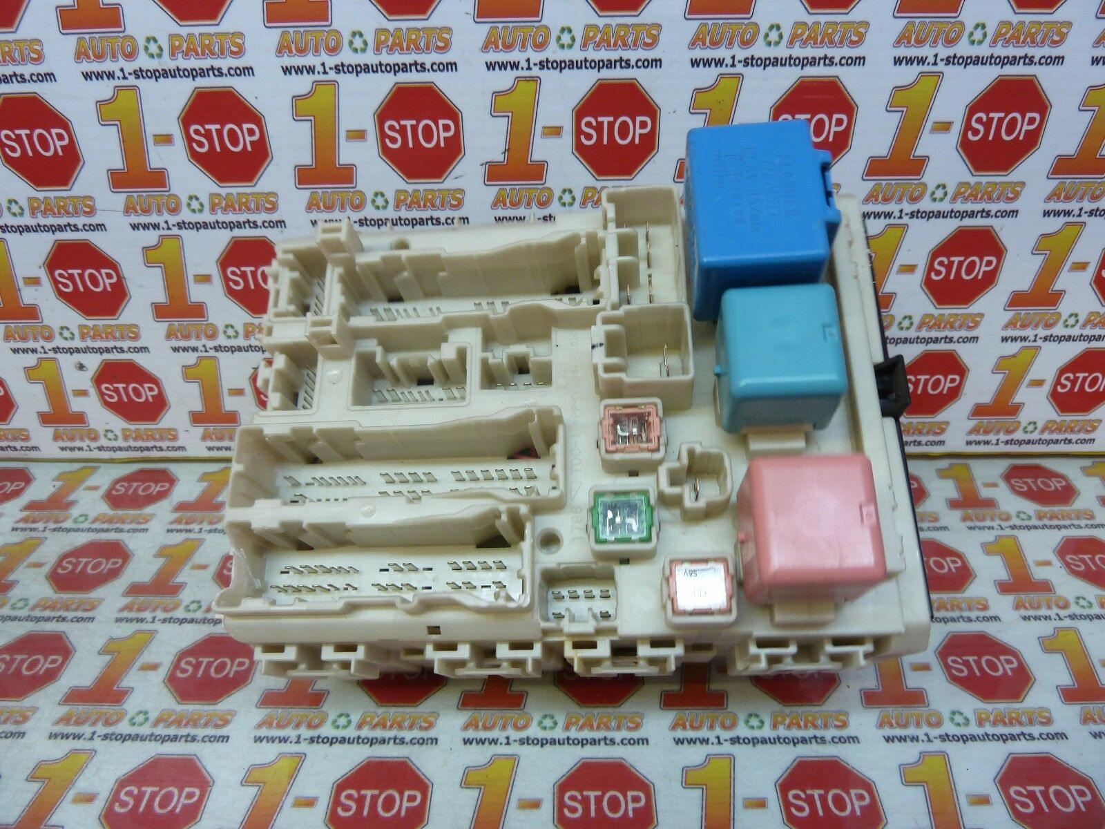 Grg623 Fusebox 2011 Toyota Corolla 18 8273002210 Ebay 2010 S Fuse Box Norton Secured Powered By Verisign