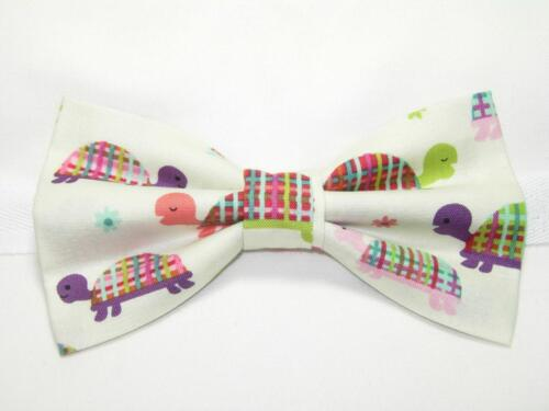 Pre-tied Bow tie Turtle Bow tie Colorful Turtles Dressed in Plaid