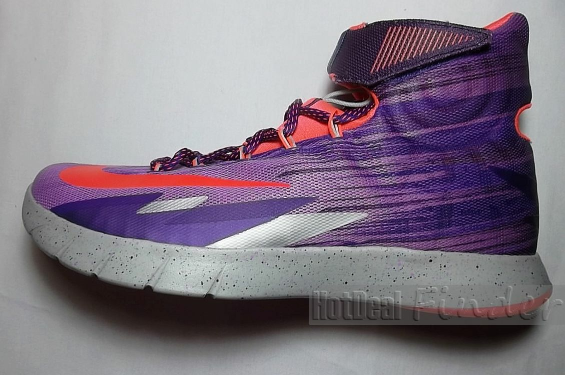 NEW NIKE ZOOM = SIZE 11.5 = HYPERREV MENS BASKETBALL SHOES 668776-565
