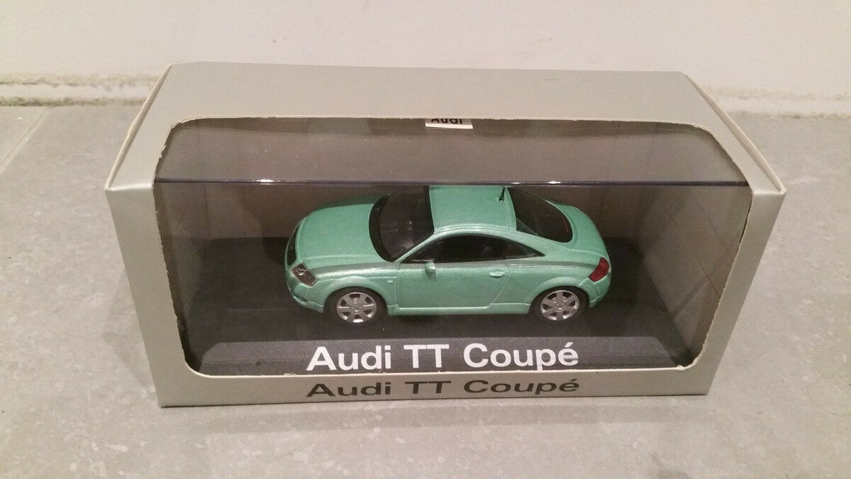 Minichamps  miniature AUDI TT coupé verde metal 1997
