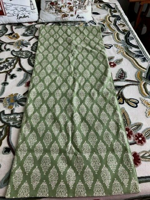 Pottery Barn Table Runner 18 Quot X 90 Quot Sagey Green Paisley
