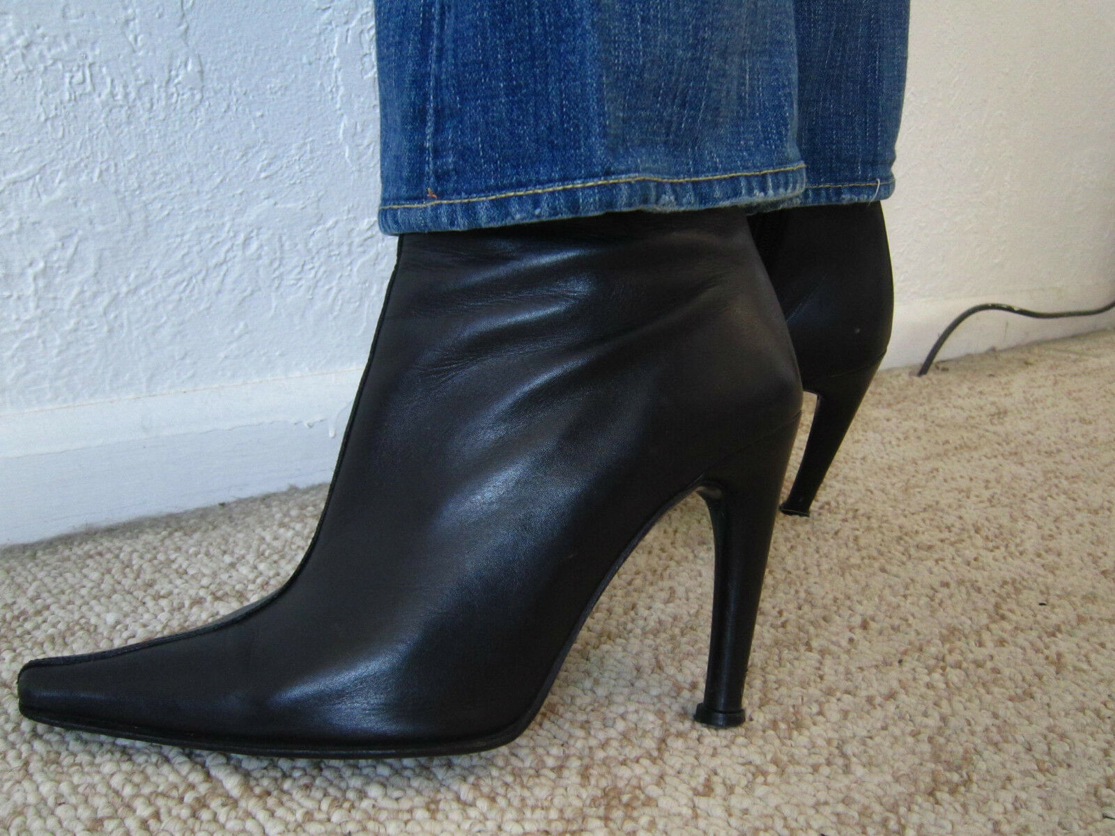 $485 CHARLES DAVID Leather Point Toe Ankle Boots !!  sz - women's 7.5