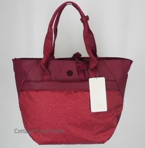 2b7f282568 Image is loading NEW-LULULEMON-Everything-Bag-Freckle-Flower-Fireside-Red-