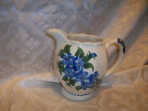 IMPERFECT-CASH-FAMILY-ART-POTTERY-PITCHER-CREAMER-BLUE-FLOWERS
