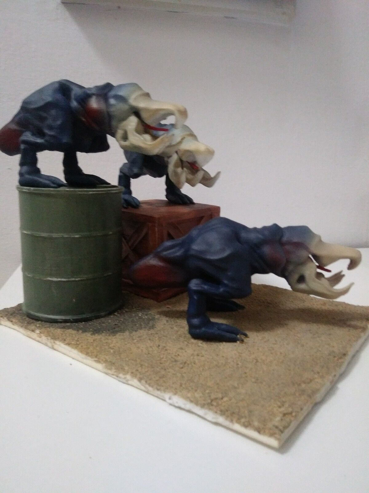 Tremors Shriekers Diorama Statue Action Figure